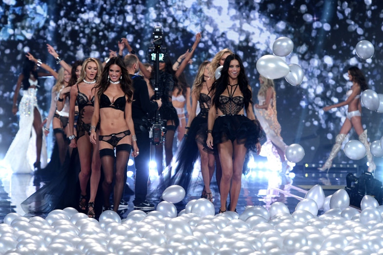 2014-victorias-secret-fashion-show-show-1